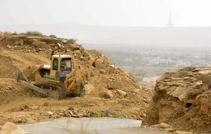 Sindh Govt Hand Clasps With Bahria Town in Land Eviction - News 360